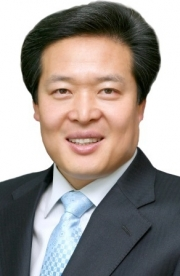 Lee Jae-hwan, chairman of Toptec.