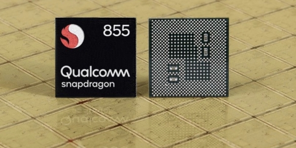 Qualcomm Snapdragon 855 is equipped with an AI engine that can be operated 7 times per second.